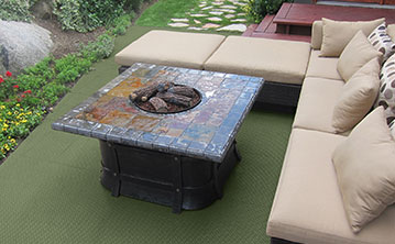 Deck with DuraGrid Deck Tile